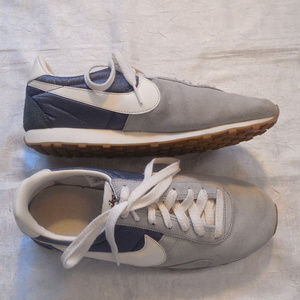 Nike Shoes - Nike Running Shoes Pre Montreal Racer Sneakers